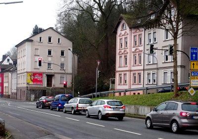 Plakatwerbung an der Bundesstrasse in Arnsberg