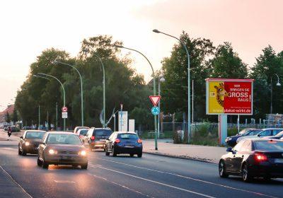 Wir bringen Sie in Bremerhaven GROSS raus - Plakat wirkt!